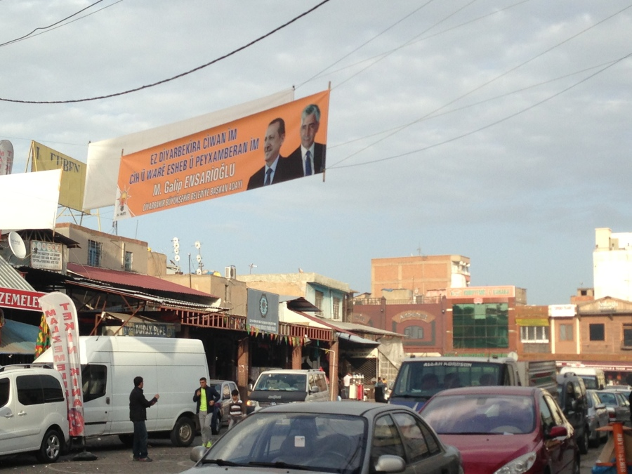 Others were not as surprised by this banner as I was… a display for an AKP candidate in Kurdish (on the other side it was in Turkish).